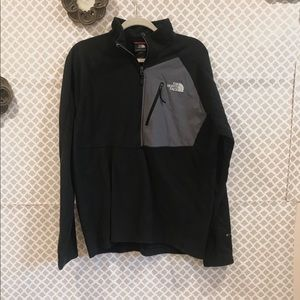 The North face quarter zip pullover in size large